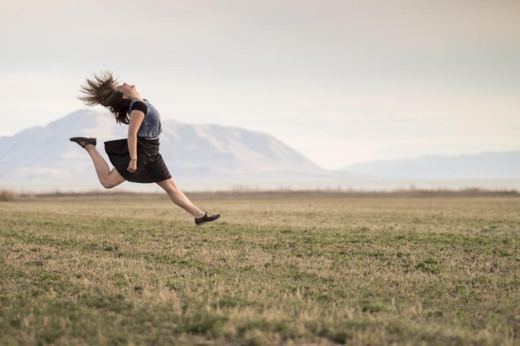 Woman Jump (1)