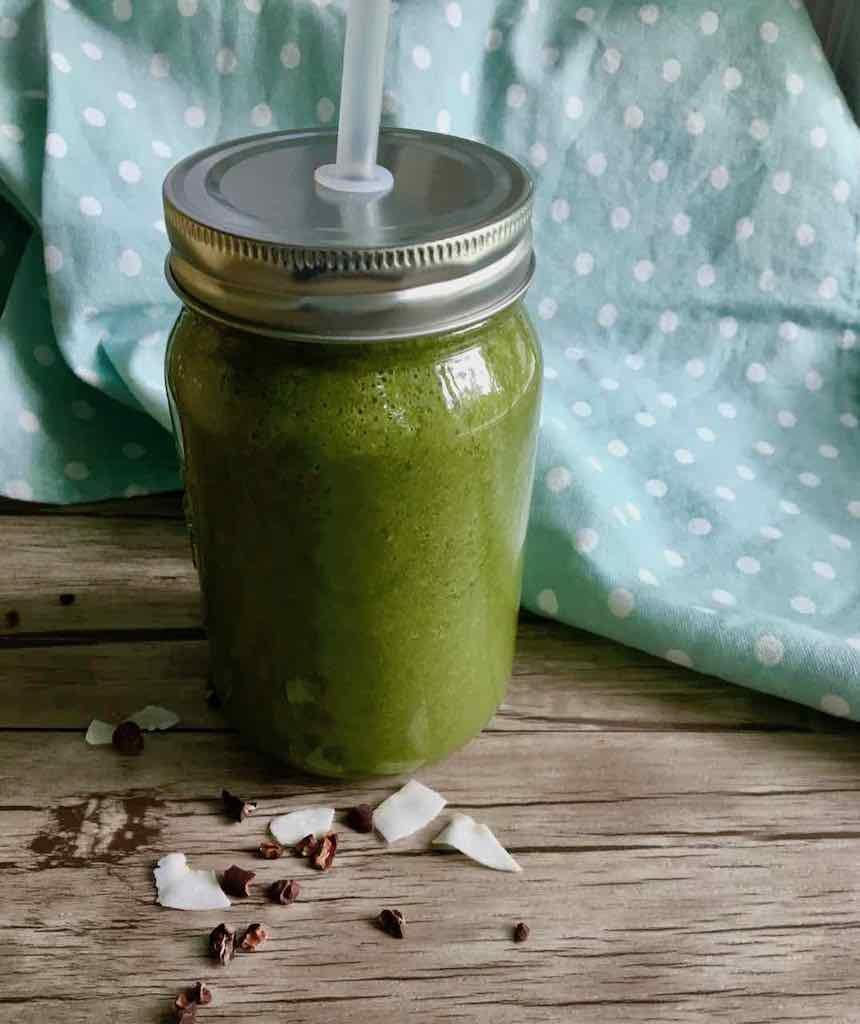 kale smoothie vert