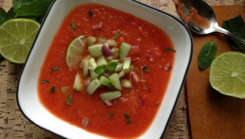 Gaspacho de melon d'eau à la menthe