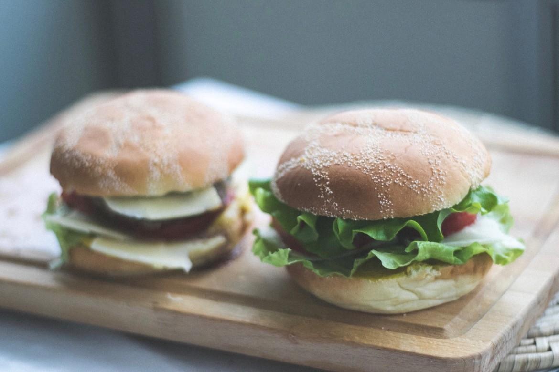Burgers végés aux pois chiches, lentilles et graines de chia