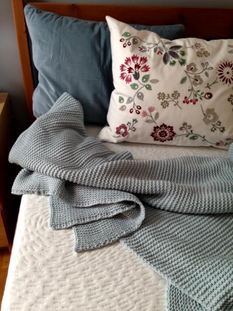 matelas mousse sur lit