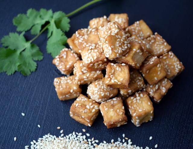 Tofu cubes au wok