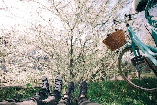 vélo piste printemps