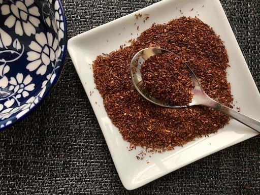 thé rooibos rouge en feuilles