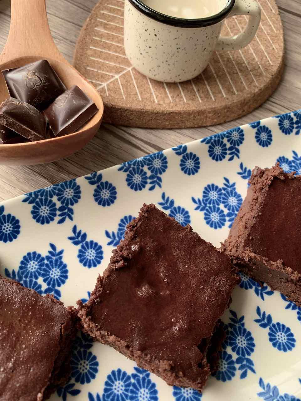 carrés au chocolat sans gluten sans sucre raffiné